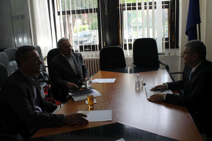 Ministar Bukvarević na sastanku sa Udruženjem porodica zarobljenih i nestalih lica Općine Zvornik