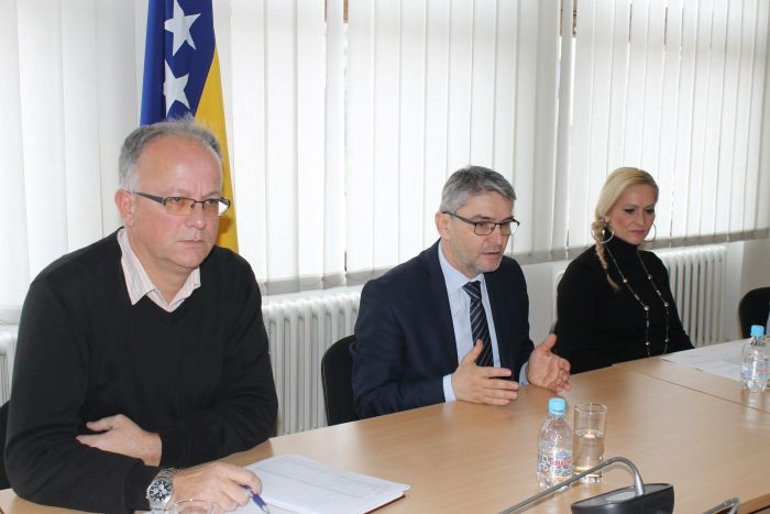 "Ministar Bukvarević: Sa demobilisanim borcima o planovima razvoja Zadruge ""Srednja Bosna"" iz Viteza"