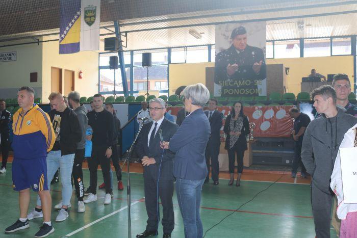 """Ministar Bukvarević u Goraždu otvorio 15. tradicionalni malonogometni turnir """"Alija Izetbegović"""""""