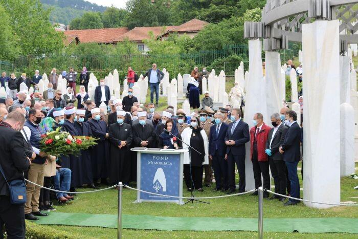 Poruke s Kovača: Šehidska krv nikada neće biti zaboravljena, niti će biti uništeno ono za što su dali živote